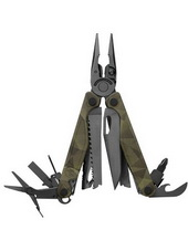 Leatherman-Charge-+-Forest-Camo
